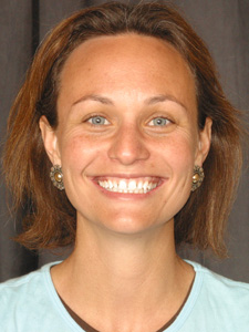 Woman with gaps between teeth before
